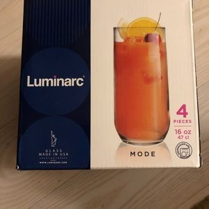 Set of 8 Luminarc glasses